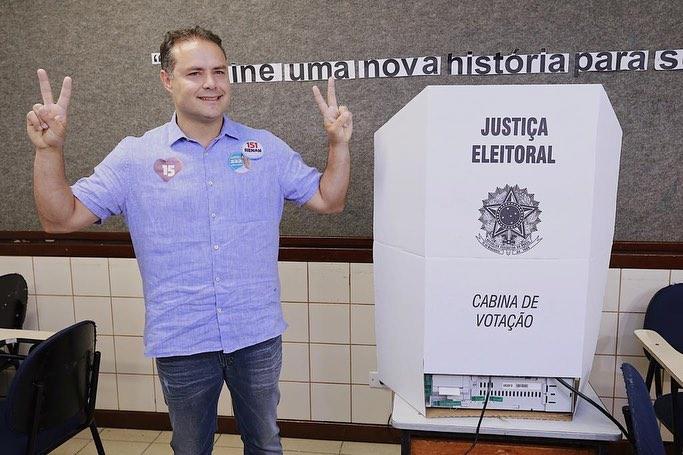 Com quase 80% dos votos Renan Filho é reeleito governador de Alagoas